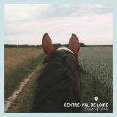 #MYBESTRIDINGPLACE 💙  Les oreilles à l'affût, Docile nous guide dans ces champs de culture!🥰  📍Eure-et-Loir, Centre-Val de Loire 📸 @sandrinebst   #mybestridingplace #baladeacheval #tourisme #acheval #randonneeequestre