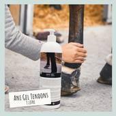 💥 EXCLU WEB 💥  NEW ⚡️ L'Ani Gel soin pour tendons est désormais disponible en format 1 L !🤩  Son flacon-pompe est son nouvel atout pour renforcer sa facilité d'usage.  Et parce qu'une bonne nouvelle n'arrive jamais seule, profitez de 30% de réduction sur ce produit durant toute la période des promos !🥳  📸 @alizee.d_photographe